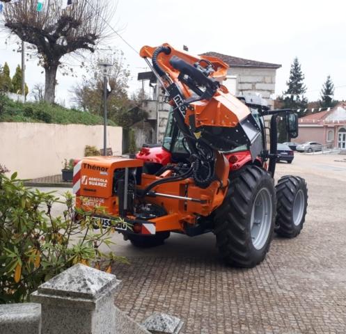 Tractor Cartelle